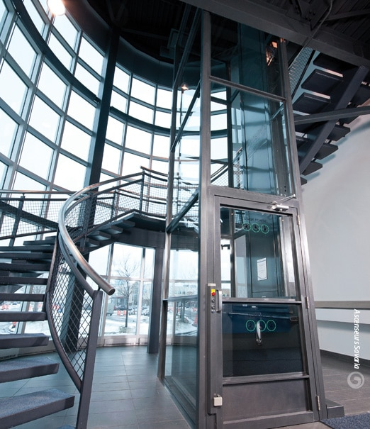Savaria V-1504 Commercial Vertical Platform Lift